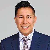 Jonathan Calvopina Escritor legal