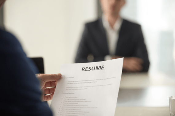 reading resume for job interview.PNG