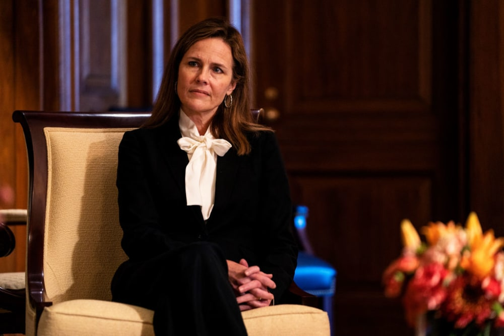 WASHINGTON, DC - OCTOBER 01: Judge Amy Coney Barrett,  President Donald Trump's nominee to the Supreme Court meets with U.S. Sen. Josh Hawley (R-MO) (not pictured) during a photo-op at the U.S. Capitol on October 1, 2020 in Washington, DC. Barrett is meeting with senators ahead of her confirmation hearing which is scheduled to begin on October 12, less than a month before Election Day. (Photo by Demetrius Freeman - Pool/Getty Images)