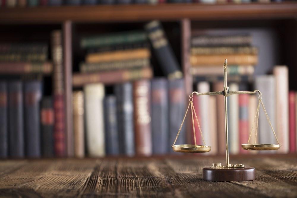 How to Balance a Legal Career and Parenthood