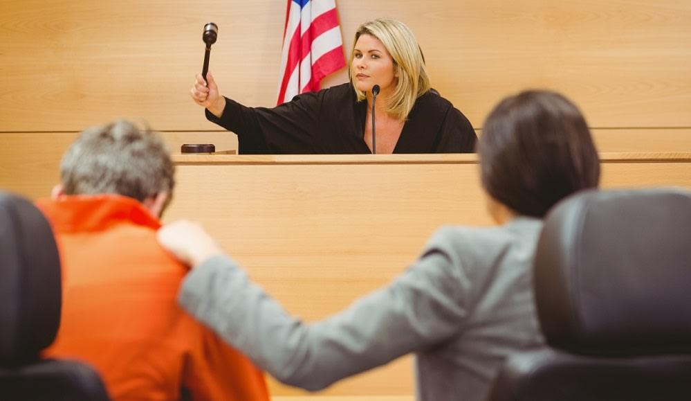court-judge-defendant-lawyer